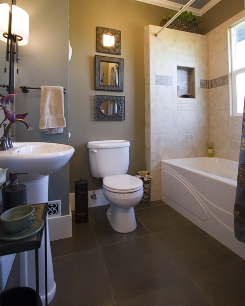 Hawk meadow homecraft portfolio bathroom remodel for What s the average price to remodel a bathroom